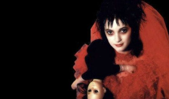 Winona Ryder as Lydia in Beetlejuice