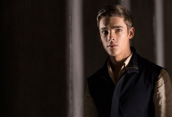 Brenton Thwaites decided to become an actor