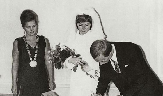 Registration of the marriage of Lyudmila and Vladimir Putin