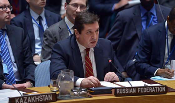 Vladimir Safronkov fighting back the British in the UN