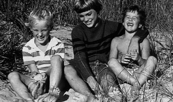 Owen Wilson as a child with his brothers