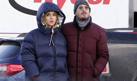 Darren Aronofsky and Suki Waterhouse
