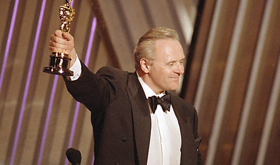 Anthony Hopkins and his Oscar for his role of Hannibal Lecter