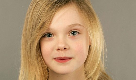 Elle Fanning is of mixed ancestry