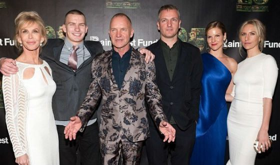 Sting is looking way too young to be a grandpa