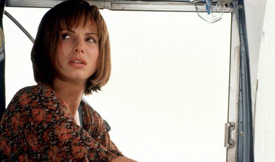 Sandra Bullock – biography, photos, facts, family, kids