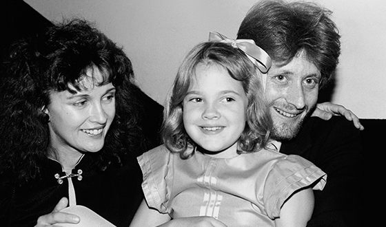 Drew Barrymore with her parents