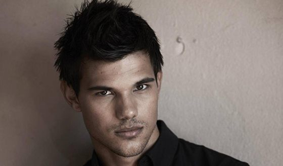Taylor Lautner – biography, photos, facts, family, affairs ...