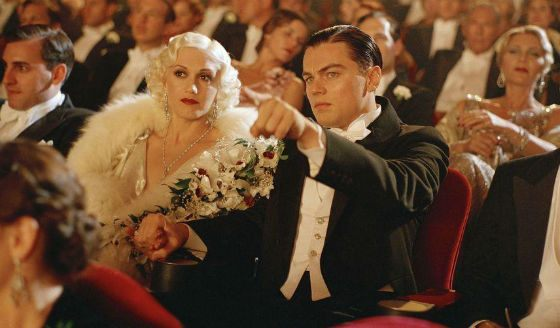 Gwen and Leo in The Aviator