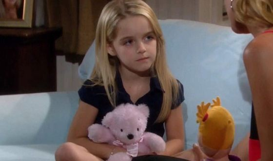 Mckenna Grace in the series The Goodwin Games