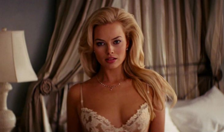 Margot Robbie convinced her parents that the body in the film was a double's