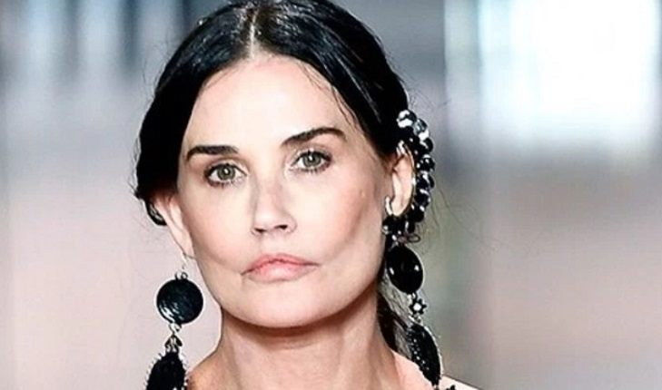 Demi Moore after another plastic