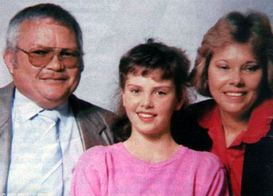 Little Charlize with her parents
