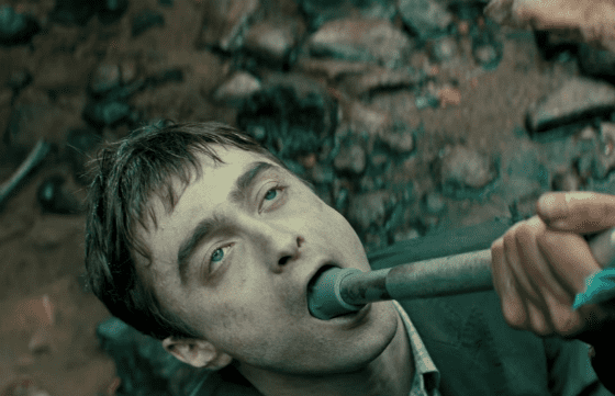 Daniel Radcliffe in the role of a corpse (