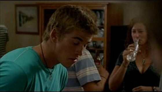Liam Hemsworth in the TV show McLeod's Daughters