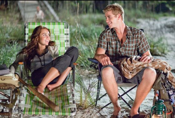 The Last Song: Liam Hemsworth and Miley Cyrus Portrayed a Couple in Love