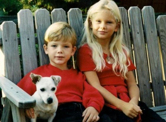Taylor Swift and her younger brother Austin Swift