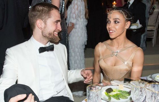Robert Pattinson with an ex-girlfriend Tahliah Barnett (FKA Twigs)
