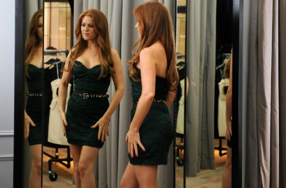 Isla Fisher starred as a successful bride in Bachelorette