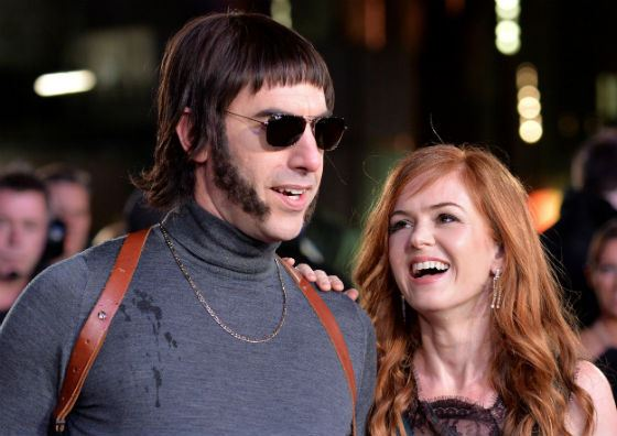 Isla Fisher and her husband Sacha Baron Cohen united in Grimsby movie